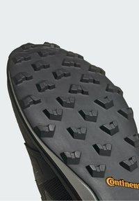 adidas Performance - ZAPATILLA TERREX AGRAVIC  - Løpesko for mark - black - 9