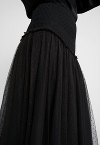 Needle & Thread - SMOCKED KISSES BALLERINA SKIRT - A-Linien-Rock - ballet black - 4