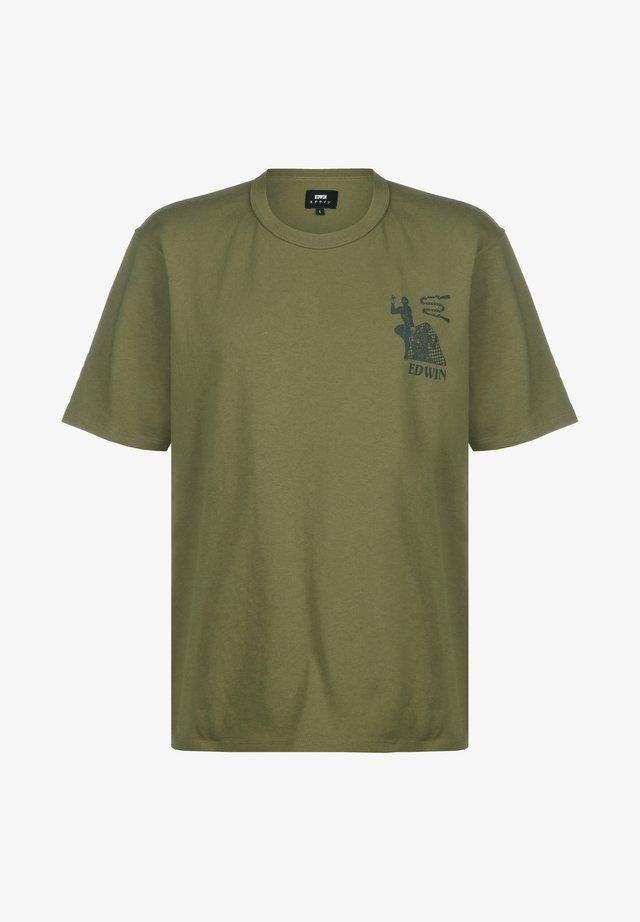 SHINOBII - T-shirt print - martini olive garment washed