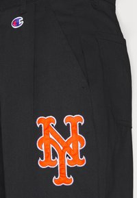 Champion - MLB PREMIUM NEW YORK METS STRAIGHT HEM PANTS - Club wear - black - 6