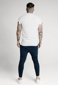 SIKSILK - TECH TEE EXPOSED TAPE - T-Shirt basic - white - 2