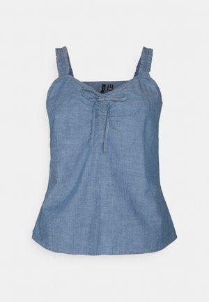 VMAKELA CHAMBRAY SINGLET  - Toppi - medium blue denim