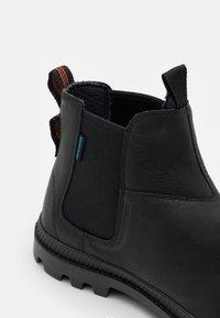 Palladium - PAMPA CHELSEA WP UNISEX - Classic ankle boots - black - 5