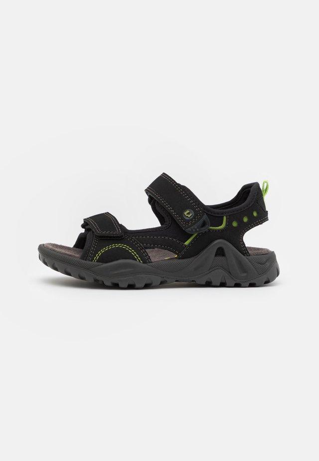 MANNI - Chodecké sandály - black
