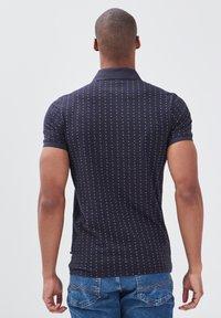 BONOBO Jeans - Poloshirt - bleu foncé - 2