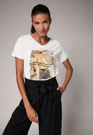 Print T-shirt - placed shirt white