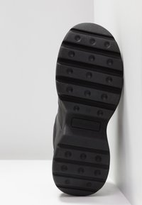 Sixtyseven - Trainers - actled black - 6