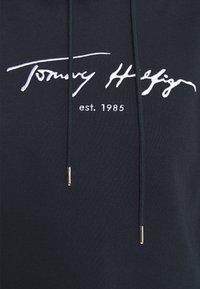 Tommy Hilfiger - SCRIPT HOODIE - Hoodie - desert sky - 5
