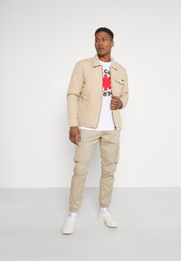 Only & Sons - ONSCAM STAGE CUFF - Cargo trousers - chinchilla - 1