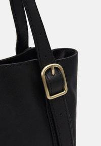 Marks & Spencer London - HERITAGE ELLIE - Tote bag - black - 3