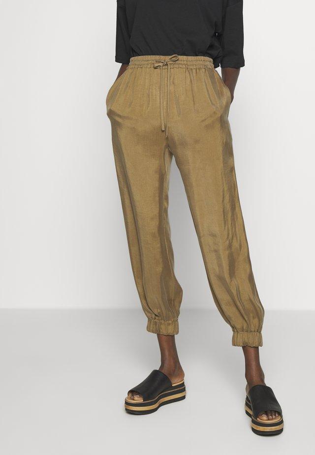 DITTA - Teplákové kalhoty - brown