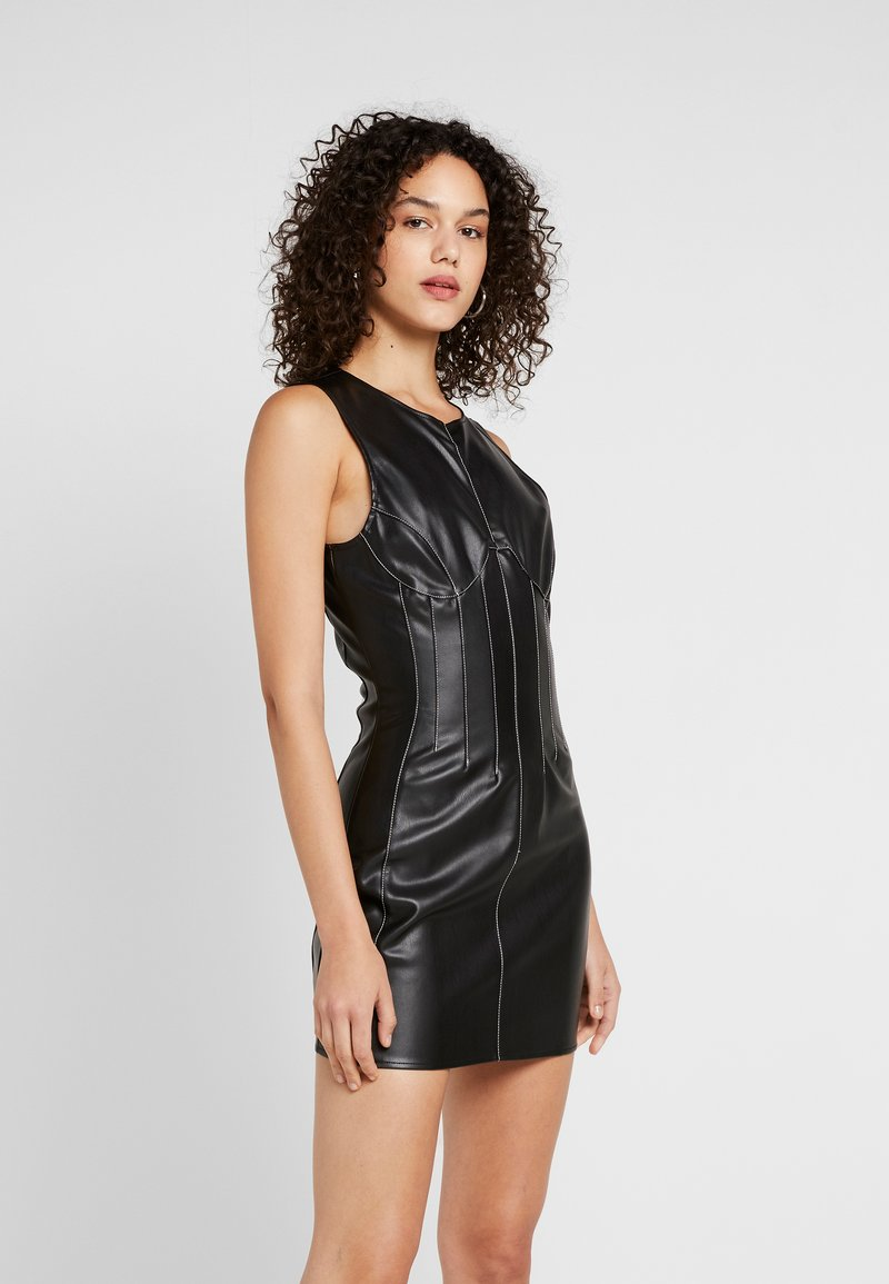 Missguided - CONTRAST STITCH MINI DRESS - Shift dress - black
