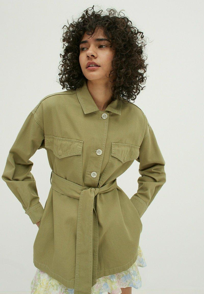 EDITED - Short coat - oliv