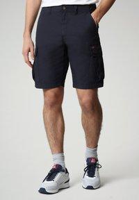 Napapijri - NOTO - Shorts - blu marine - 0