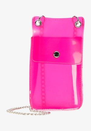 Taška spříčným popruhem - neon pink