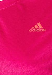 adidas Performance - OWN THE RUN TEE - Triko spotiskem - power pink - 2