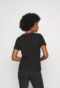 Tommy Jeans - SLIM CNECK - T-shirts basic - black - 2