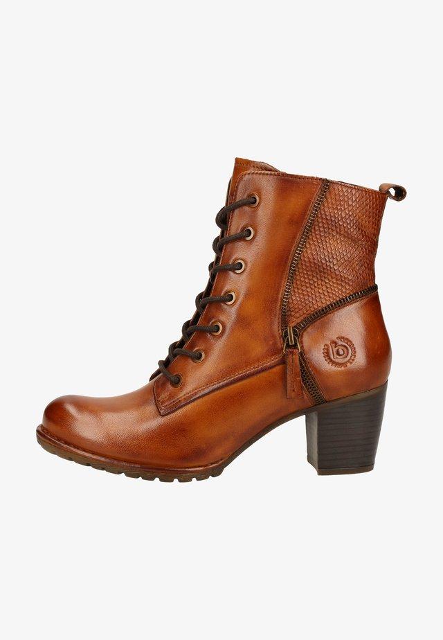 Lace-up ankle boots - cognac/reptile print 6383