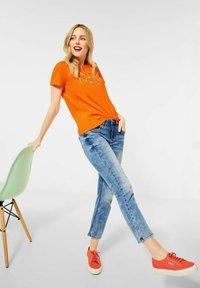 Street One - Print T-shirt - orange - 2