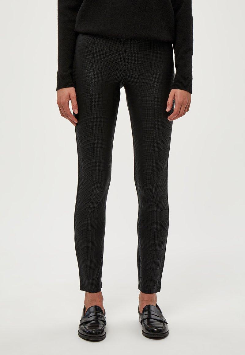 PEPPERCORN - LINETTE  - Leggings - Trousers - black pr
