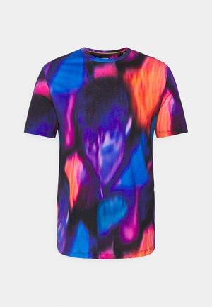 GENTS RAVER BOY - Print T-shirt - multi-coloured