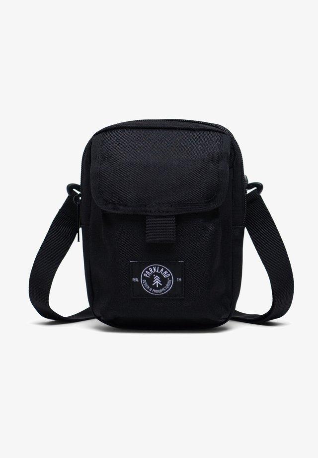 OZZY - Across body bag - black