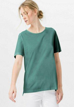 MIT RUNDHALSAUSSCHNITT - T-shirt basic - wassergrün