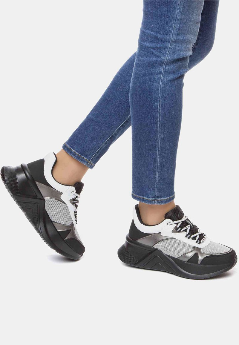 GRÜNBERG - AW - Sneakersy niskie - white