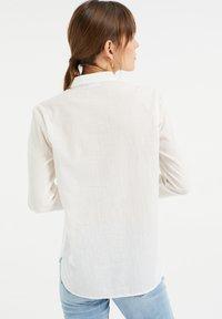 WE Fashion - Button-down blouse - white - 2
