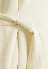 Closet - CLOSET KIMONO DRESS - Kjole - lemon - 6
