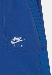 Nike Sportswear - AIR - Shorts - game royal/signal blue/white - 2