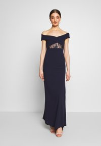 Missguided - BRIDESMAID LACE INSERT BARDOT GOWN - Suknia balowa - navy - 0