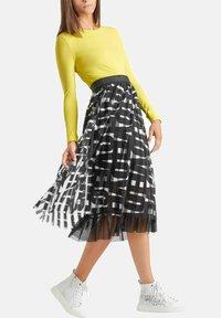 Marc Cain - A-line skirt - schwarz - 1