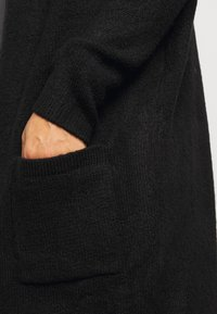 CAPSULE by Simply Be - COSY HOODED UPDATE WITH RIBBED POCKETS - Cardigan - black - 6