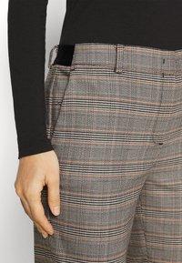 Marc O'Polo - TORUP - Trousers - multi - 4