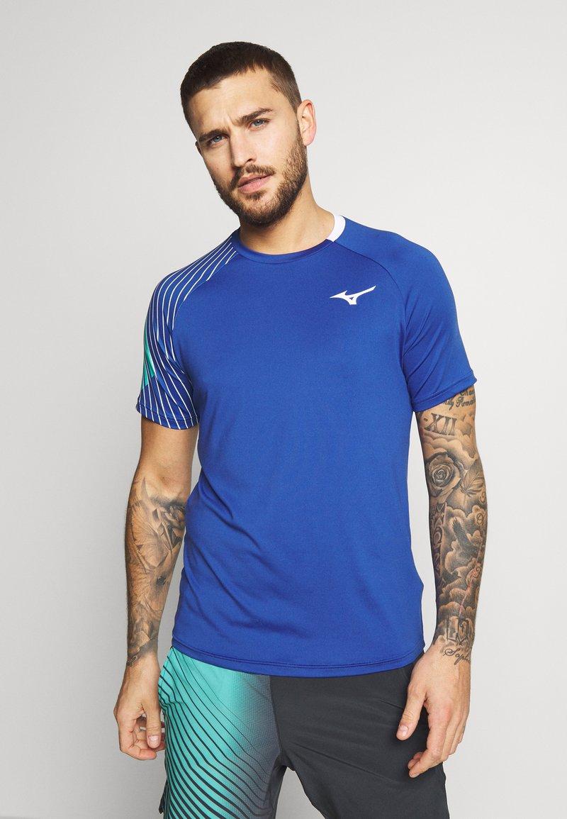 Mizuno - SHADOW TEE - Print T-shirt - true blue