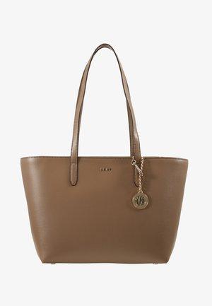 BRYANT BOX SUTTON - Shopping bag - dune