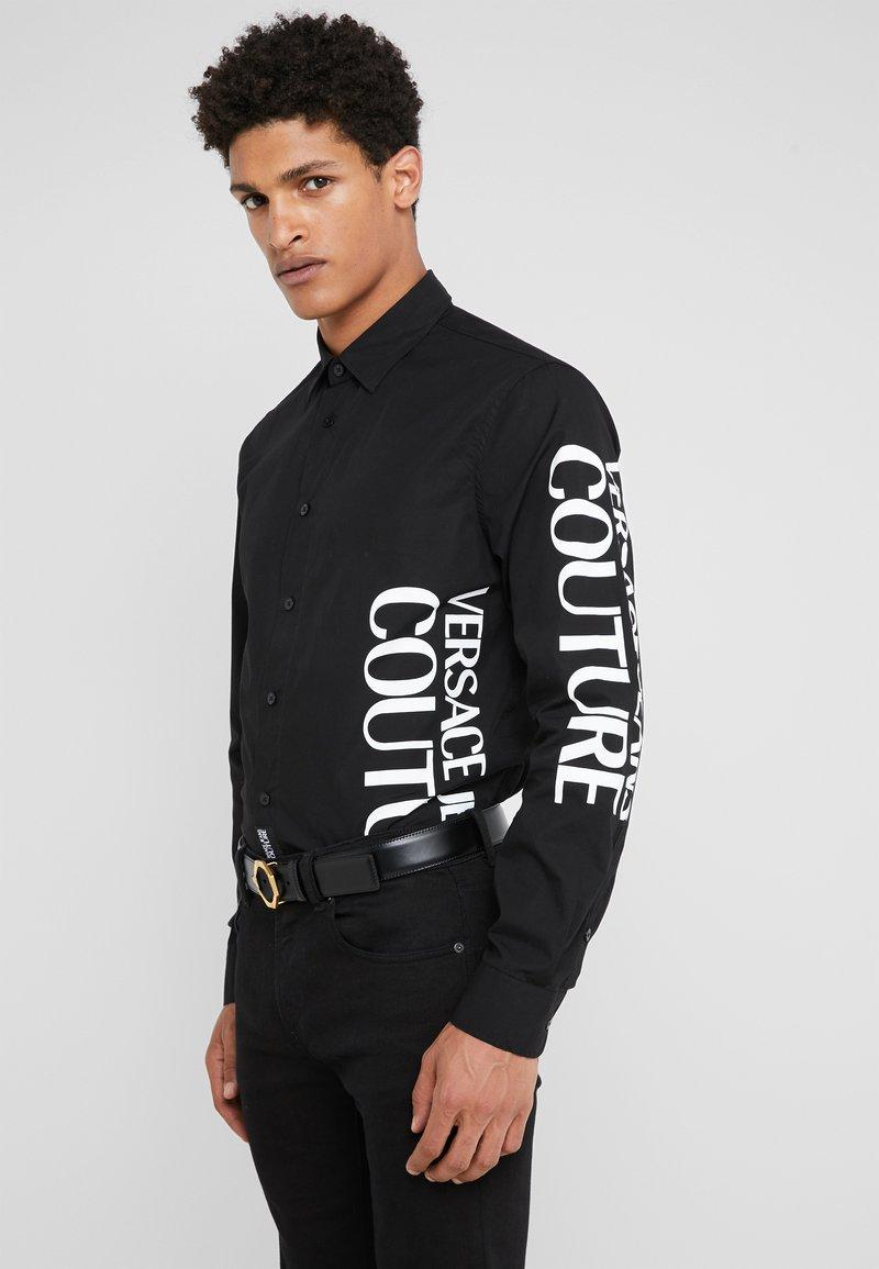 Versace Jeans Couture - CAMICIE UOMO - Vapaa-ajan kauluspaita - nero