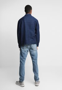 Weekday - SUNDAY CHELSEA - Relaxed fit jeans - blue - 2