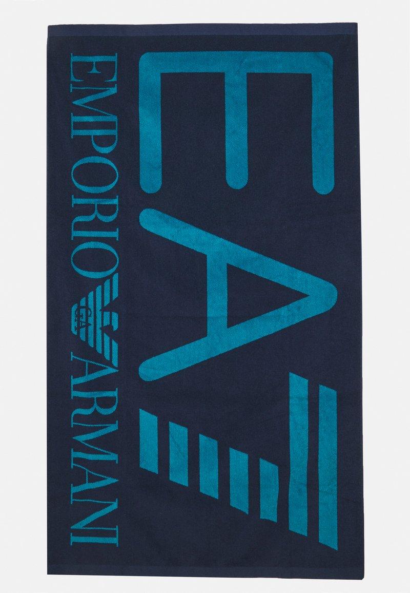 EA7 Emporio Armani - SEA WORLD VISIBILITY TOWEL - Telo da bagno - blu navy