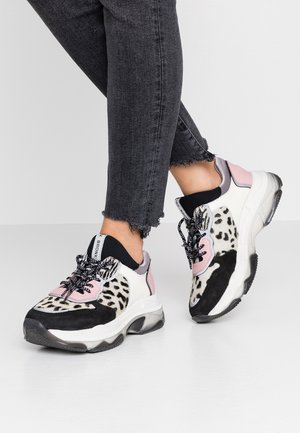 BAISLEY - Trainers - black/blush