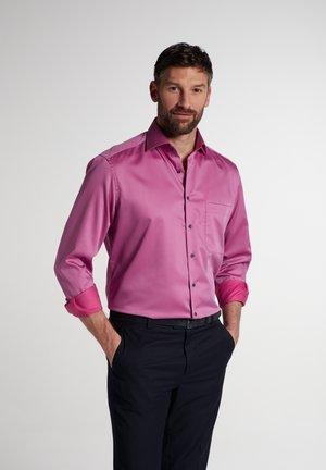 COMFORT FIT - Zakelijk overhemd - violett