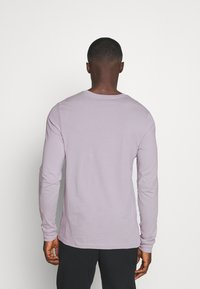 Nike Sportswear - Maglietta a manica lunga - silver lilac - 2