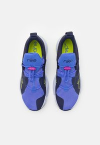 Nike Performance - SUPERREP GROOVE - Sports shoes - blackened blue/cyber/sapphire/ghost - 3
