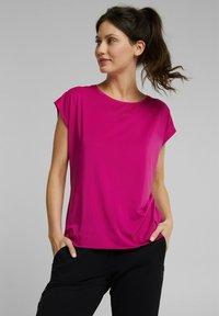 Esprit Sports - Basic T-shirt - berry red - 0