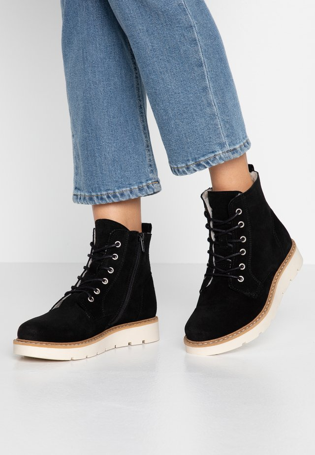 VMRIA BOOT WIDE - Platform ankle boots - black