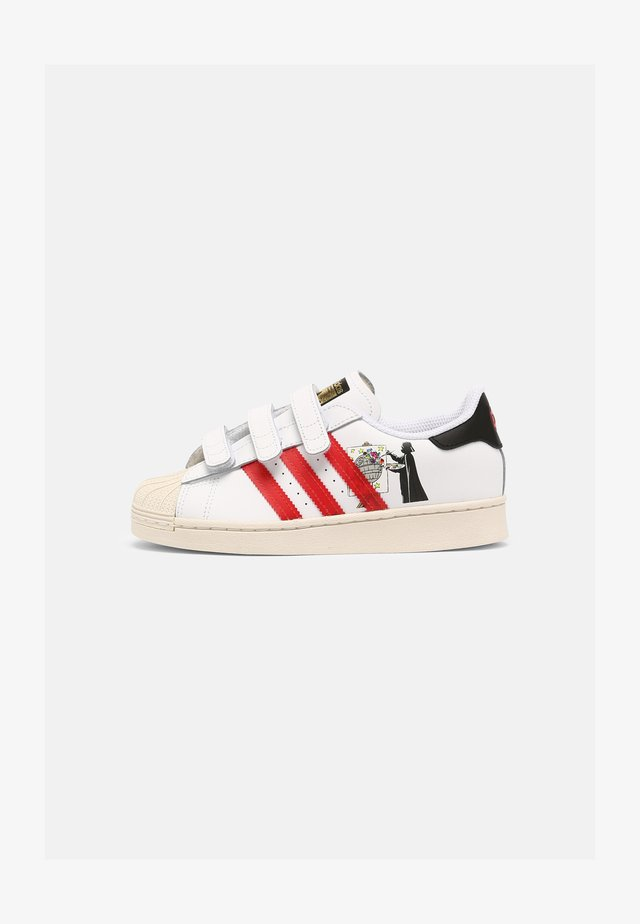 SUPERSTAR UNISEX - Sneakers laag - white/scarlet/chalk white