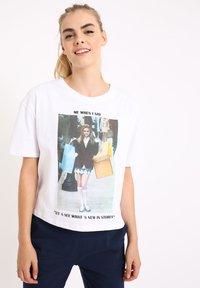 Pimkie - MIT MEME - Print T-shirt - naturweiß - 0