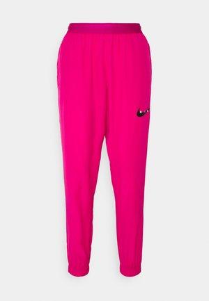RUN PANT - Pantalon de survêtement - fireberry/arctic punch/black