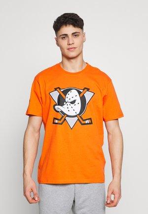 NHL ANAHEIM DUCKS ICONIC SECONDARY COLOUR LOGO GRAPHIC - Klubové oblečení - orange